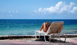 TOP 5 nejlepších knih na dovolenou