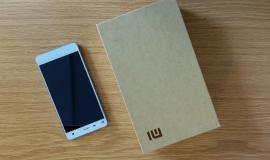 Špičkový telefon za neuvěřitelnou cenu - Xiaomi Mi4